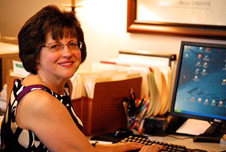 <strong><em>Carolyn Hart</em></strong>